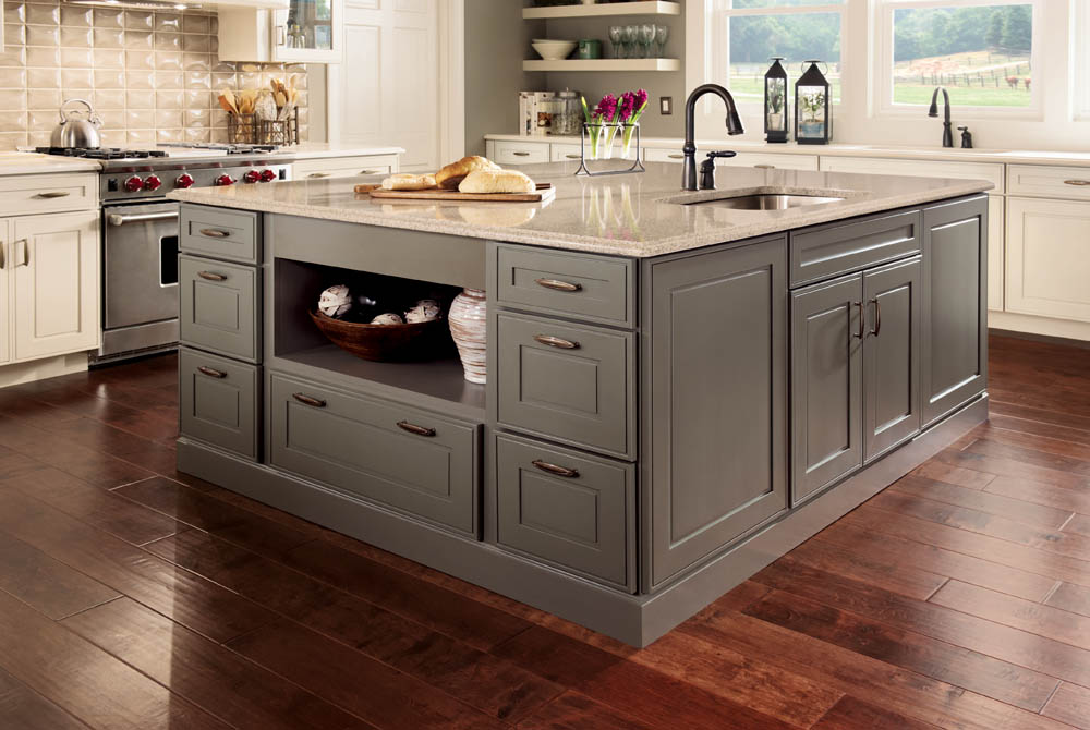 Kitchen and bath blab modern supply s kitchen bath for Kitchen island with drawers and seating